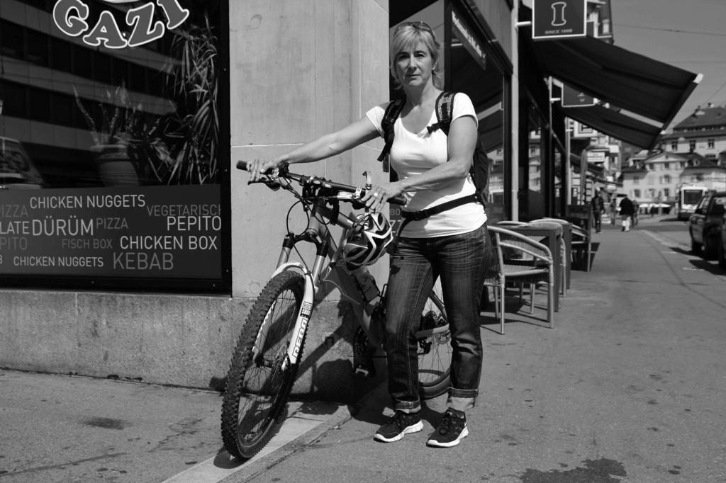 """Margrith Lenz: """"Ich gehe mit dem Velo zur Arbeit, das spar ich mir das Fitnessabo."""""""