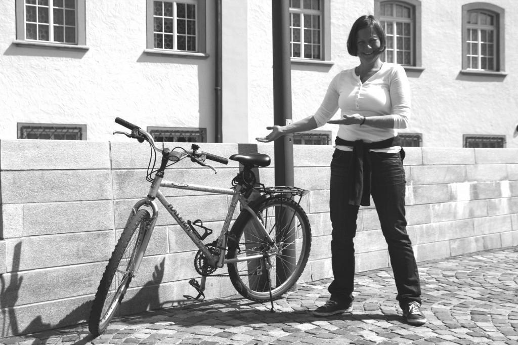 """Stefanie Mettler: """"Zuerst machte ich mit diesem Velo eine Probefahrt, die führte von Zürich aus Glarus. Ich würde mein Velo nie mehr hergeben."""""""