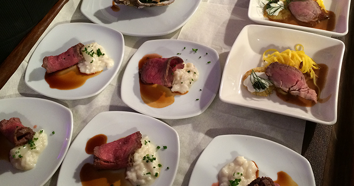 ...Bison-Entrecôte mit Spargelrisotto oder doch lieber das Patz Negra Filet?