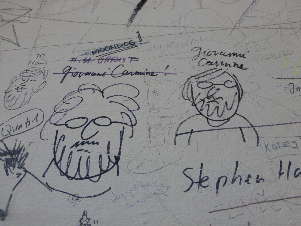 Graffitis. Ort: Restaurant Stickerei