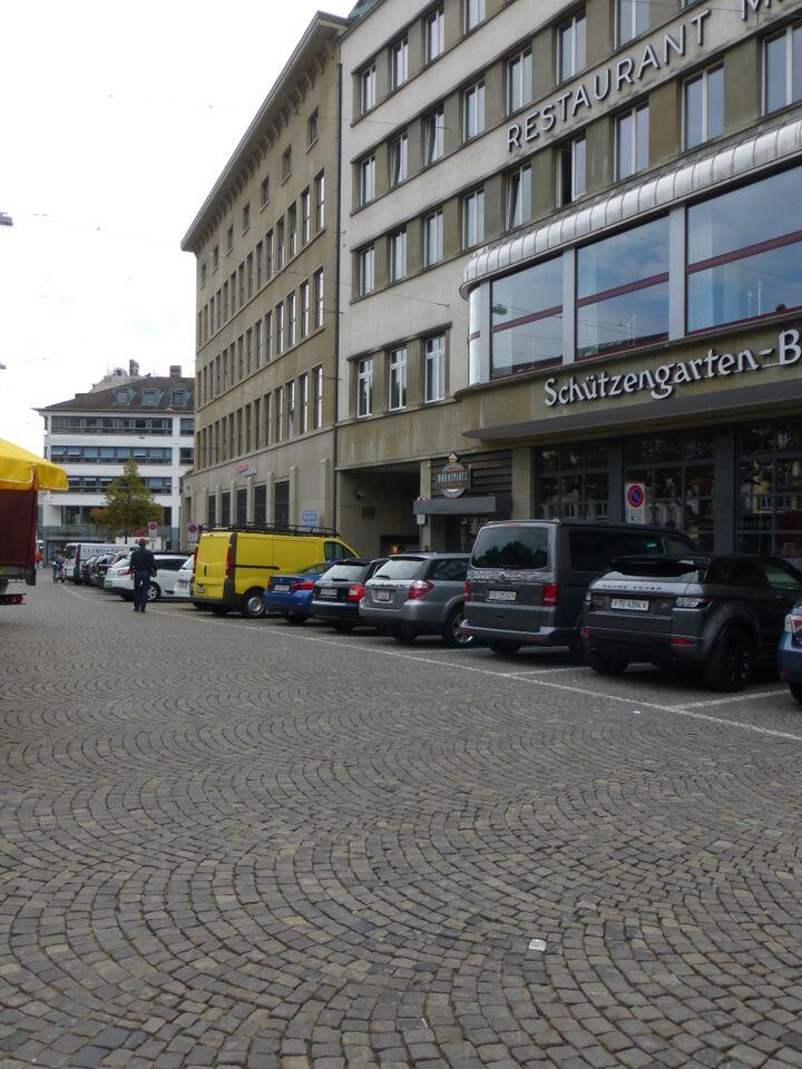 marktplatz parkplatz