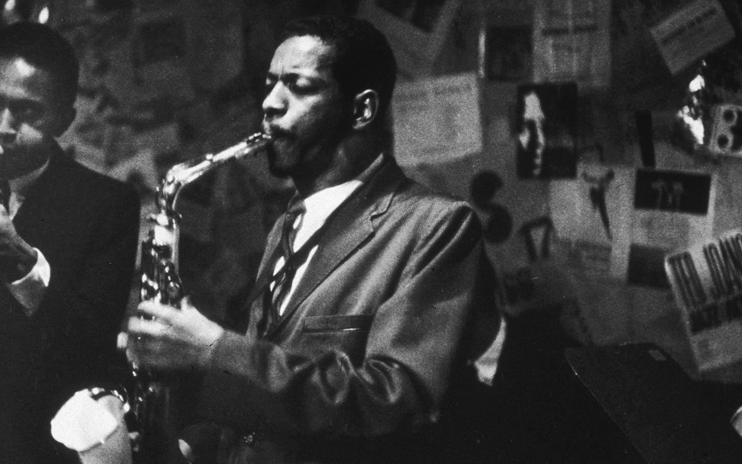 17th November 1959: Ornette Coleman plays the saxophone and Don Cherry (1936-1995) plays the trumpet at the 5 Spot Cafe, New York City. (Photo by Bob Parent/Hulton Archive/Getty Images)