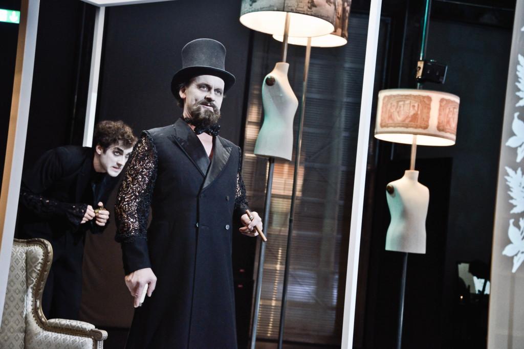 Erstickte TrŠume, Schauspiel Theater St.Gallen, Lokremise, November 2015, StŸck von Rebecca Schnyder, Regie Elisabeth Gabriel