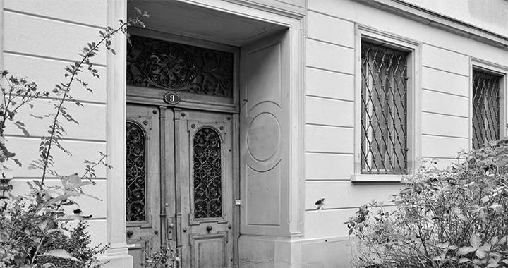 Auch Saiten ist bald hier zu finden: im «Konsulat» an der Frongartenstrasse 9 in St.Gallen. (Bilder: Stefan Späti, Fachstelle Kultur)