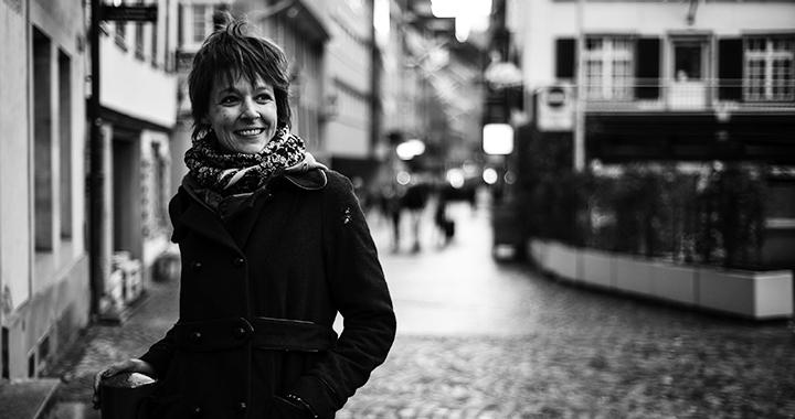 Iris Betschart, 1978, ist Kulturschaffende und Künstlerin. Sie lebt in St.Gallen. (Bild: Tine Edel)